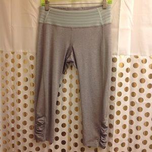 Roxy leggings Yoga workout Pants Crop M Grey